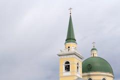 Catedral de São Nicolau em um céu nebuloso Imagens de Stock Royalty Free