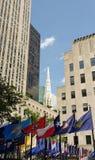 Catedral de Saint Patrick Spire do centro de Rockefeller, NYC, NY, EUA fotografia de stock