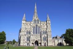 Catedral de Salisbúria em Salisbúria, Wiltshire, Inglaterra, Europa imagem de stock royalty free