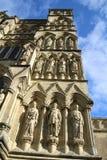 Catedral de Salisbúria em Wiltshire fotos de stock royalty free