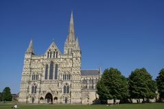 Catedral de Salisbúria, Wiltshire, Inglaterra foto de stock royalty free