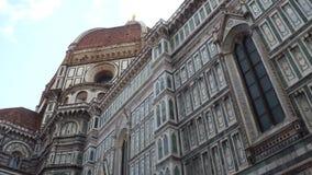 Catedral de Santa Maria del Fiore em Florença no quadrado do domo - a atração a mais grande na cidade - Toscânia video estoque
