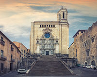 Catedral de Santa Maria Gerona, främre sikt Arkivbild