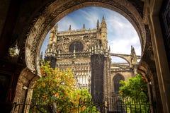 Catedral de Sevilla, torre de Giralda, Sevilla, España imagen de archivo