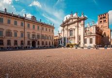 Catedral de Sordello San Pedro de la plaza - destinos italianos del viaje - Mantua Italia Foto de archivo