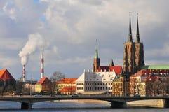 Catedral de St John el Bautista en Ostrow Tusmki en Wroclaw, Polonia En marzo de 2018› w de Katedra Å Jana Chrzciciela Fotografía de archivo libre de regalías
