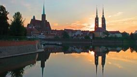 A catedral de St John o batista na ilha da catedral, Wroclaw, Polônia filme