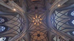 A catedral de Stephen interior em Viena Áustria vídeos de arquivo