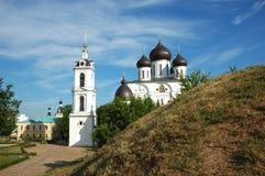 Catedral de Uspensky na cidade de Dmitrov, Rússia Imagem de Stock Royalty Free