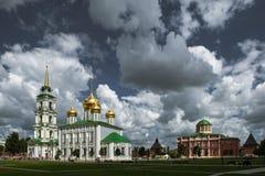 Catedral de Uspensky y la torre de Tula Kremlin Foto de archivo