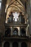 Catedral de Vitus de Saint da igreja em Praga fotografia de stock royalty free