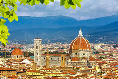 Catedral del Duomo en Florencia imagenes de archivo