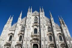 Catedral del Duomo en Milano imagen de archivo libre de regalías