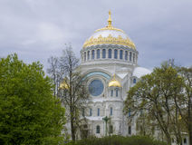 Catedral del mar en Kronstadt Rusia Fotografía de archivo