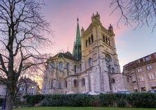 Catedral del Saint Pierre en Ginebra, Suiza imágenes de archivo libres de regalías