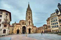 Catedral del San Salvador en Oviedo el 20 de octubre, España imágenes de archivo libres de regalías