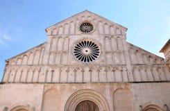 Catedral del santo Anastasia Zadar, Croatia imagenes de archivo
