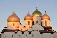 Catedral del santo Sophia en Veliky Novgorod, Rusia - opinión detallada del primer en la puesta del sol Imagen de archivo libre de regalías