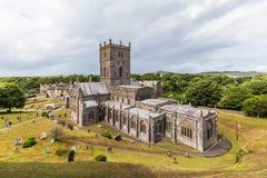 Catedral del St Davids en Pembrokeshire, País de Gales, Reino Unido imagen de archivo libre de regalías