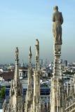 Catedral do domo em Milão foto de stock