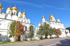 Catedral do Dormition no Kremlin de Moscou imagem de stock
