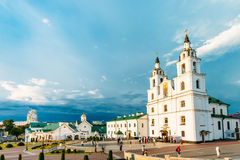 Catedral do Espírito Santo em Minsk - ortodoxo principal fotos de stock