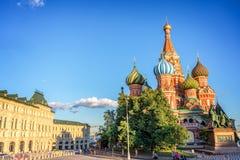 Catedral do ` s da manjericão do St no quadrado vermelho, Moscou Rússia fotografia de stock