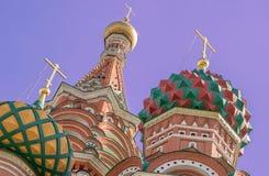 Catedral do ` s da manjericão do St da atração turística no quadrado vermelho perto do Kremlin em Moscou Foto de Stock Royalty Free