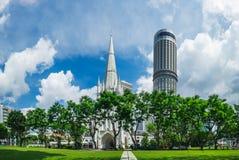 Catedral do ` s de St Andrew em Singapura fotografia de stock royalty free