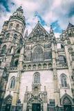Catedral do St Elisabeth em Kosice, Eslováquia, filtro análogo fotos de stock