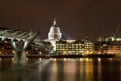 Catedral do St Paul e ponte do milênio Fotografia de Stock