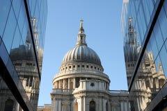 Catedral do St Pauls em Londres Foto de Stock Royalty Free
