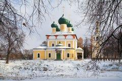 Catedral do Transfiguration no Uglich Kremlin fotos de stock