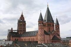 Catedral dos DOM de Mainzer imagens de stock