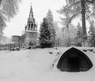 Catedral durante una estación del invierno Foto de archivo libre de regalías