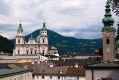 Catedral e alpes de Salzburg Imagens de Stock Royalty Free