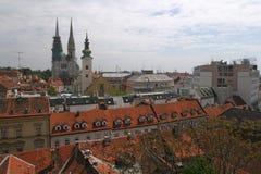 Catedral e iglesia en el capital de Croatia imágenes de archivo libres de regalías