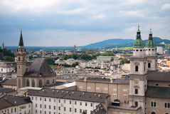Catedral e vista panorâmico de Salzburg Fotos de Stock