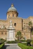 A catedral em Palermo em Sicília Fotografia de Stock
