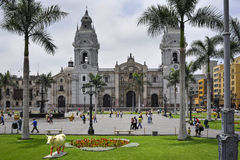 Catedral em Plaza de Armas, Lima, Peru imagem de stock royalty free