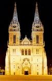 Catedral en la noche, Croacia de Zagreb fotos de archivo libres de regalías