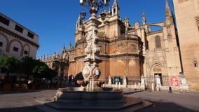 Catedral en Sevilla, España almacen de metraje de vídeo