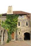 Catedral escura Reino Unido de Canterbury da entrada foto de stock