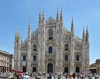 Catedral famosa de Milão em Itália fotos de stock