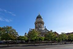 Catedral francesa en el Gendarmenmarkt, Berlín, Alemania imágenes de archivo libres de regalías