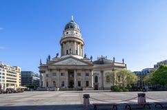 Catedral francesa en el Gendarmenmarkt, Berlín, Alemania fotografía de archivo libre de regalías