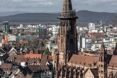 Catedral Freiburg Muenster em Alemanha imagem de stock royalty free