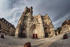 Catedral gótica de Santo-Pierre-y-Santo-Paul Fotografía de archivo