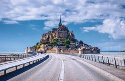 Catedral hermosa de Mont Saint Michel en la isla, Normandía, N Imágenes de archivo libres de regalías