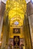 Catedral interior de Sevilla de la fachada Imagenes de archivo